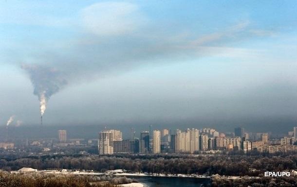 Киев снова в топе мирового рейтинга городов с грязным воздухом