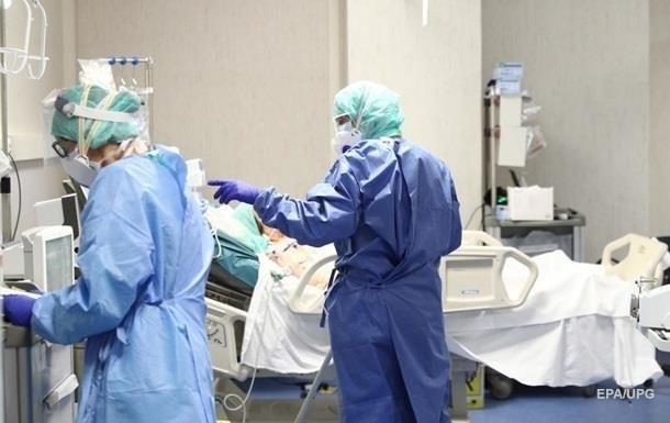 У лікарнях Києва лікуються понад тисячу хворих на COVID