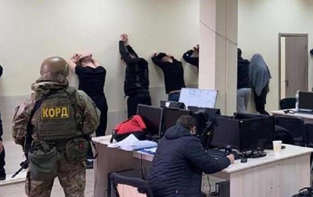В Запорожье разоблачили колл-центр мошенников