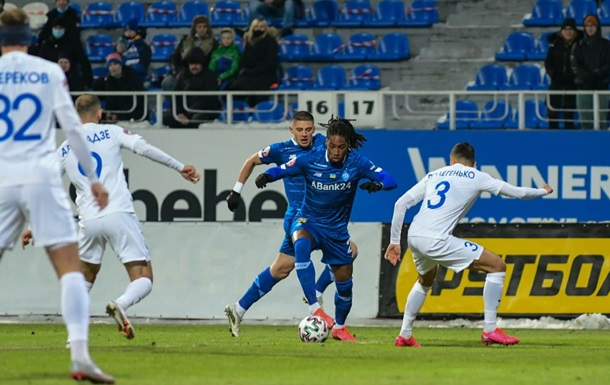 Динамо насилу вирвало нічию у матчі проти Десни