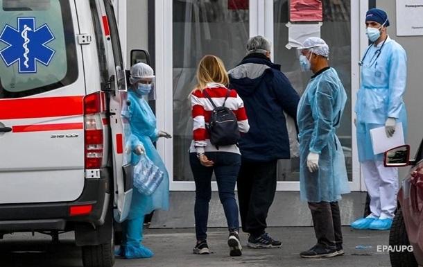 В Украине более 1,3 млн случаев COVID