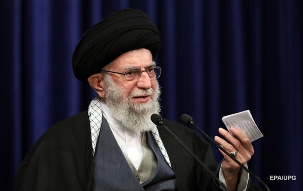 Іранський лідер виступив за хіджаби в мультфільмах