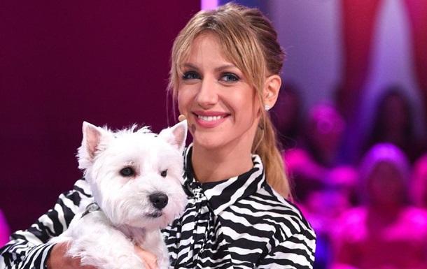 Леся Никитюк рассмешила забавным фото с собакой