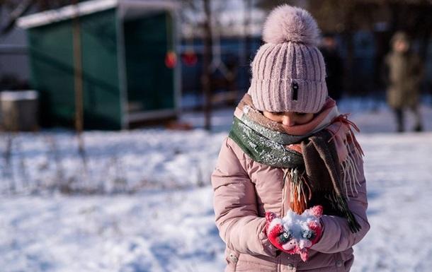 Дошкільницю висадили з автобуса в мороз на порожній зупинці