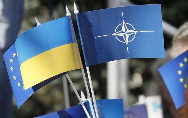 Зеленский утвердил программу Украина-НАТО на год