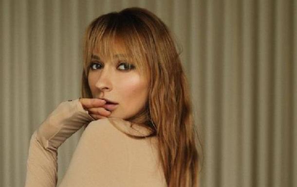 Популярная украинская певица искупалась в проруби голышом