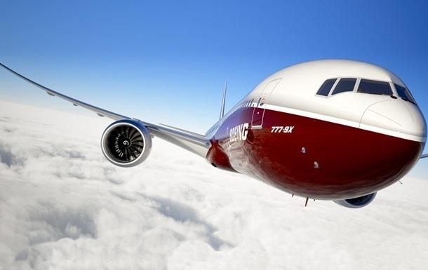 Очередной Boeing совершил экстренную посадку из-за проблем с двигателем