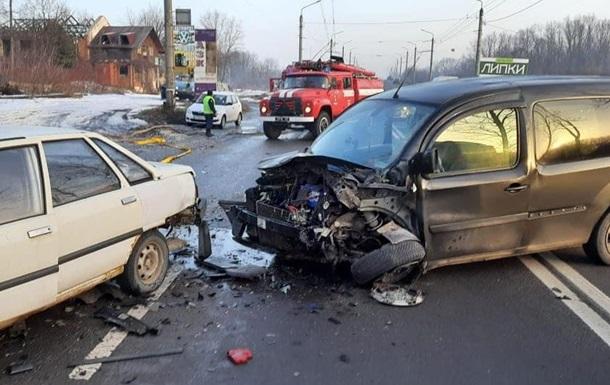На Прикарпатті у ДТП потрапили шість автомобілів