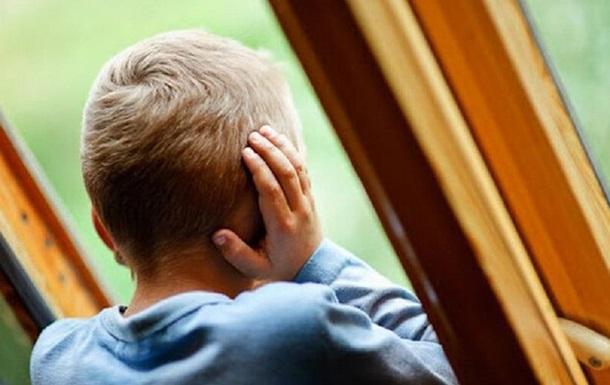 В Кривом Роге 10-летний ребенок выпал из окна пятого этажа