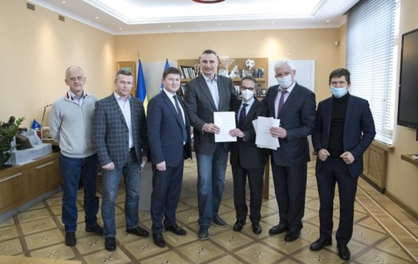 Киев закупает 50 новых вагонов метро — Кличко