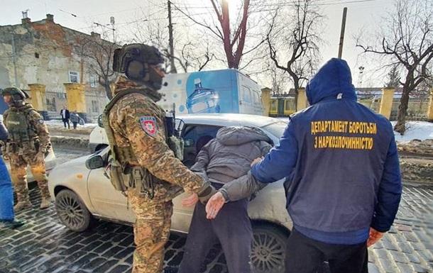 Во Львове задержали банду наркоторговцев
