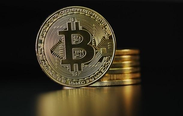 Биржа устроила распродажу биткоинов и попросила вернуть их