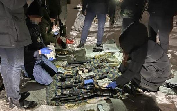 У Києві затримали торговця зброєю