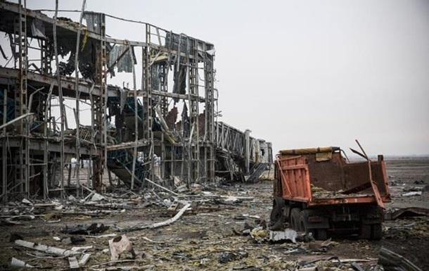 Сепаратисты укрепляют позиции возле Донецкого аэропорта