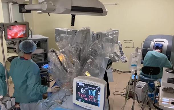 Робот Da Vinci впервые прооперировал ребенка