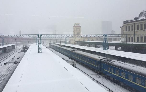 Укрзализныця начинает повышать цены на билеты