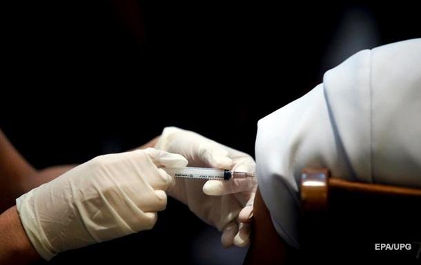 Названы сроки поставки в Украину китайской вакцины