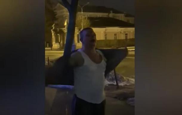 В Бердичеве следователь ударил полицейскую
