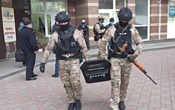 В Киеве мошенник нанес убытков клиентам на 8 млн гривен