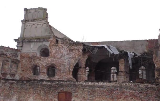 В Бродах обрушилась крыша старинной синагоги