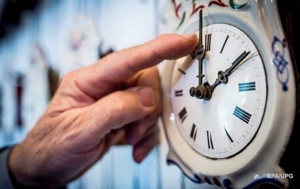 В Кабмине исключили возможность введения местного времени