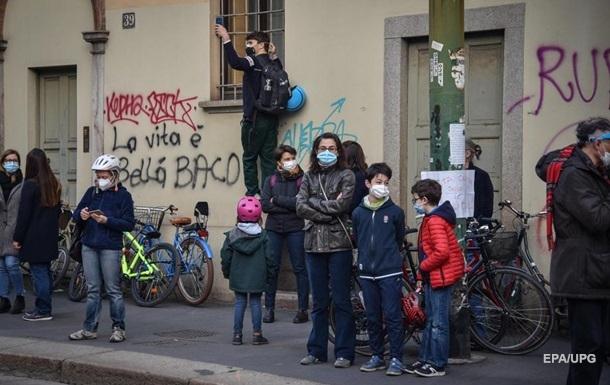 В Італії число виявлених COVID-випадків уже понад три мільйони