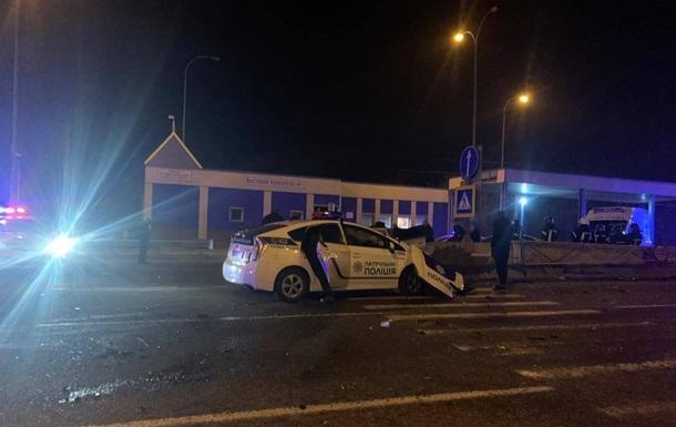В ДТП с полицейским авто под Одессой погиб человек