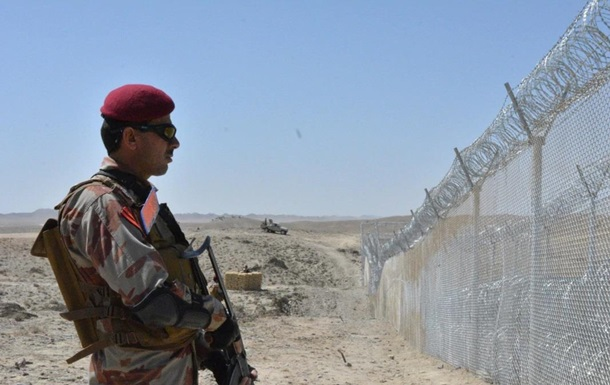У Пакистані знищено вісім терористів