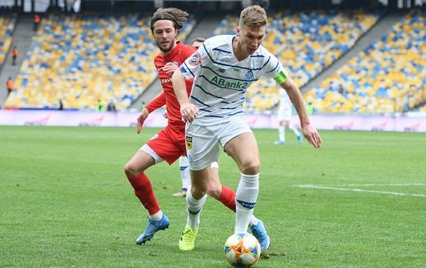 Динамо в матчі з видаленням і пенальті розгромило Минай