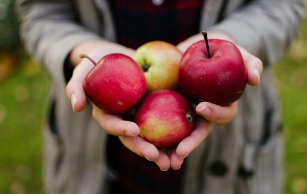 В Україні подорожчають яблука - експерти