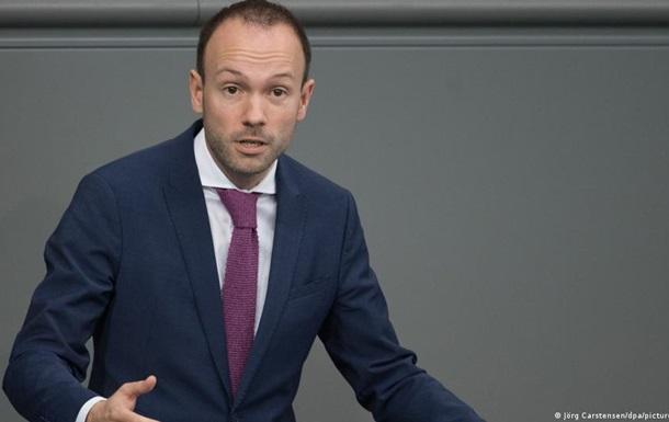 Масковий скандал: депутат Бундестагу складає мандат