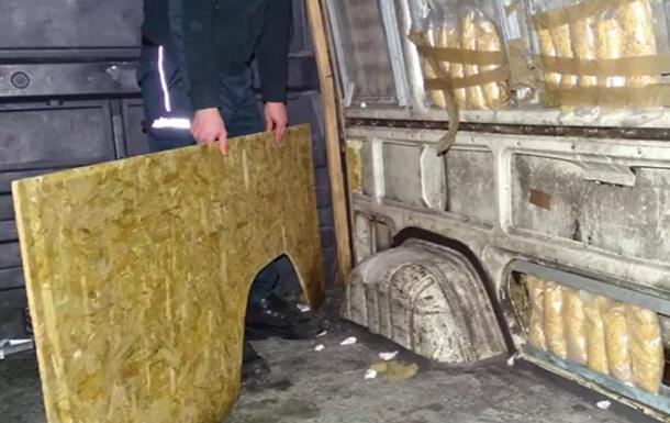 У Польщі знайшли контрабандний бурштин з України
