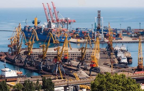 Кабмин должен пересмотреть портовые сборы и дивидендную политику