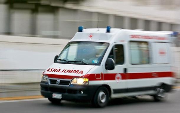 В Киеве девочка выбросилась из окна многоэтажки