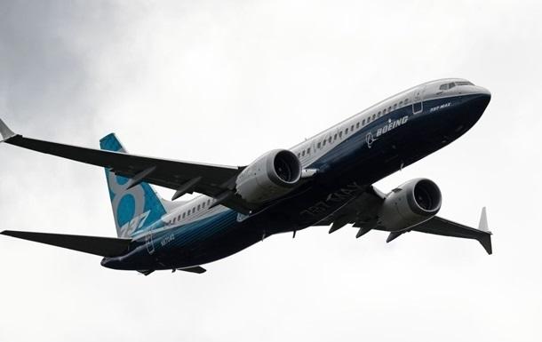 У Boeing вперше за півтора року замовлень на літаки більше, ніж відмов