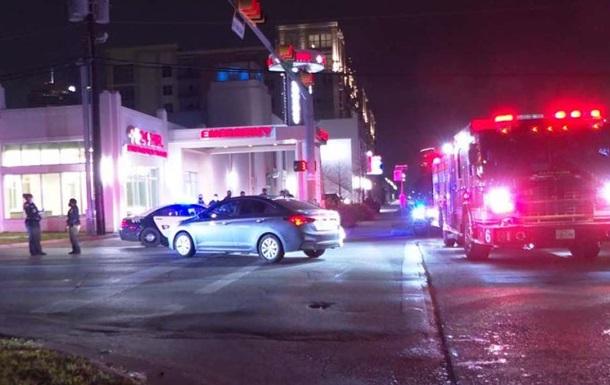 У США під час стрілянини на парковці загинули троє людей