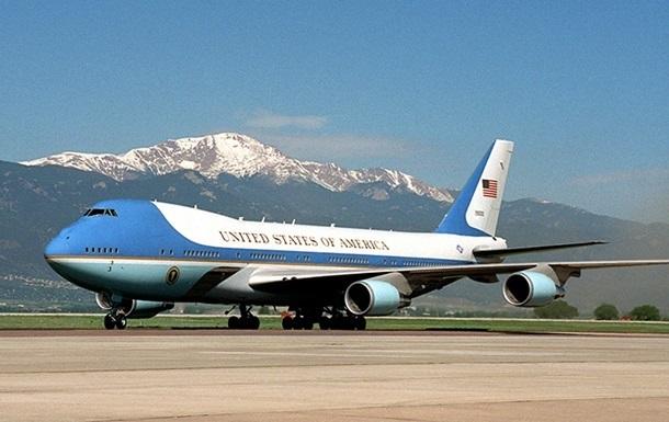 У США безпритульний проник на авіабазу з президентським літаком