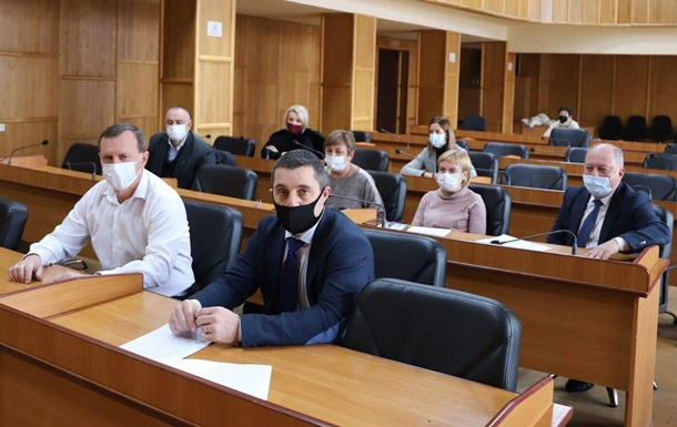 У школах Ужгорода припинили навчання в молодших класах