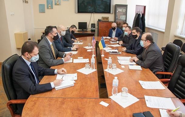 Україна і США обговорили спільні проекти в космосі