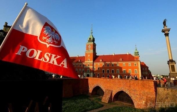 Польща висилає двох білоруських дипломатів
