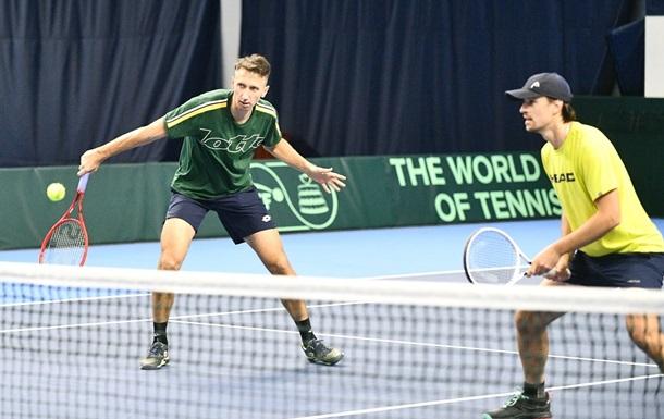 Стаховський і Молчанов знялися з фіналу парного турніру в Б'єллі