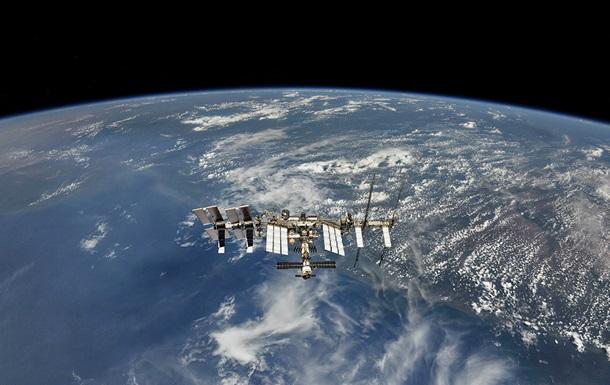 Астронавти NASA завершили роботи у відкритому космосі
