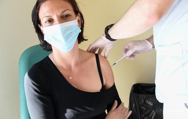 Во Франции более 5 млн человек привились первой дозой от COVID