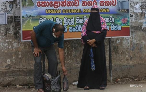 На Шри-Ланке вводят запрет на паранджу - СМИ