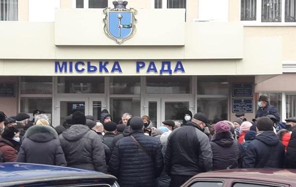 У Лубнах протестувальники пригрозили штурмом мерії