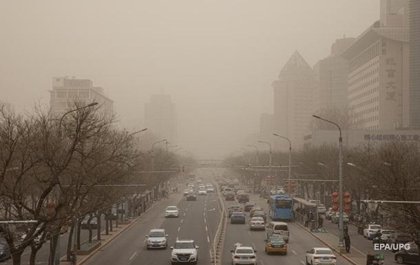 Північ Китаю накрила найпотужніша піщана буря
