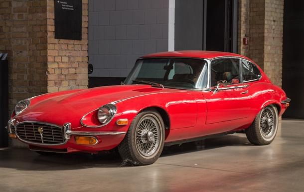 У компанії Jaguar відзначили ювілей найкрасивішого автомобіля