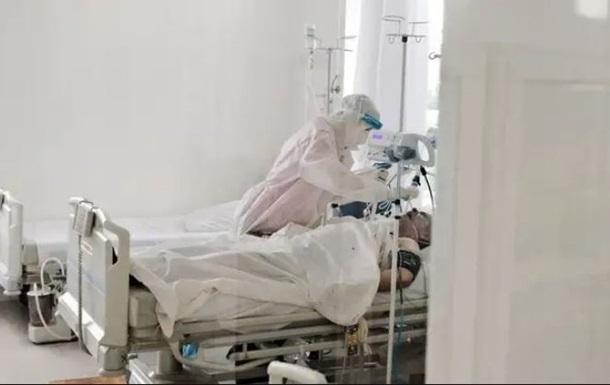 У лікарнях Житомира закінчуються COVID-ліжка
