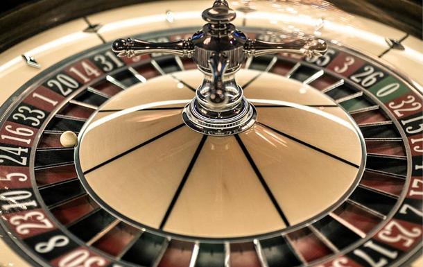Roulette for money vs free