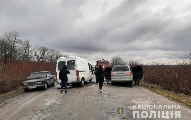 У ДТП на Тернопільщині загинуло двоє людей